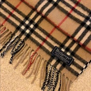 Burberry 100% Lambswool Scarf Perfect Condition